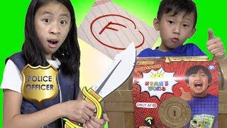 Pretend Play Police Gives FREE TOYS Ryan's Toy Review Treasure Chest For Good Grade