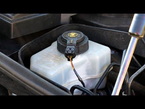 BMW 1-Series brake fluid reservoir E81 E82 E87 E88