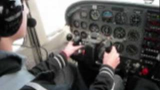 14 Year old flies Cessna 172R Introductory Flight
