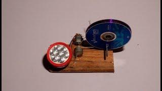 إصنع مولد كهربائي بسيط لشحن هاتفك وتشغيل مصباح عند إنقطاع التيار