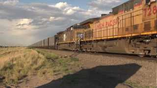 HD - A Big, Beautiful Wyoming Evening of Trains
