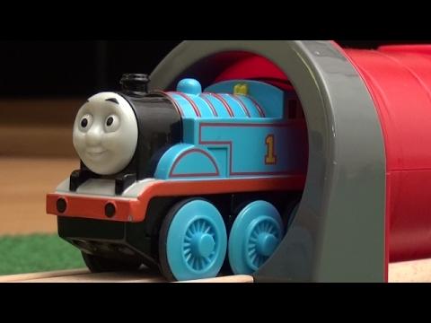 Brio Eisenbahn Zug Deutsch Thomas und seine Freunde / Thomas the Tank Engine and his Friends Train