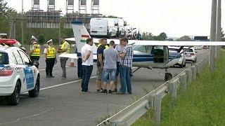 Cessna aterra de emergência em autoestrada húngara