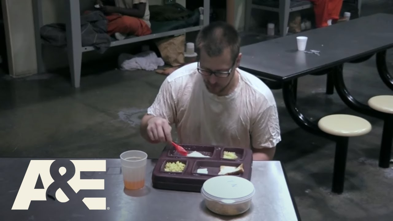 Download 60 Days In: Brian Gives Zac Half His Chow (Season 1, Episode 9) | A&E
