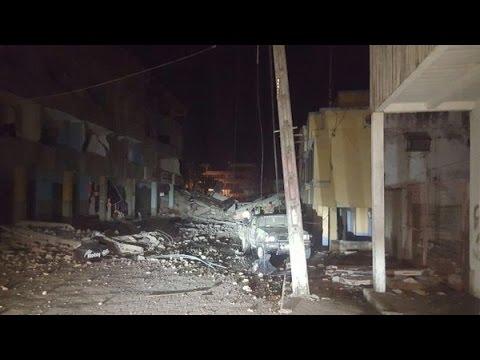41 muertos en Ecuador tras sismo de 7,8