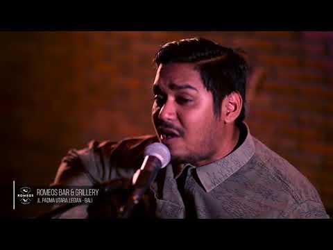 Riptide - Vance Joy (Ahmad Abdul acoustic cover)