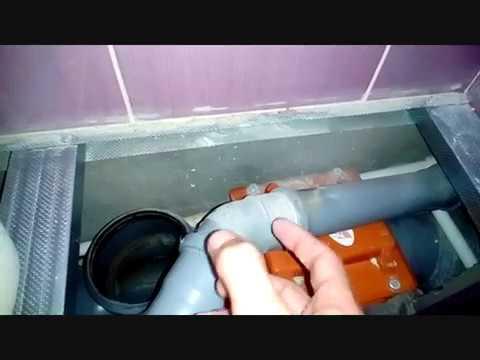 Канализация. Обратный клапан разбираем. В унитаз упала коробочка.