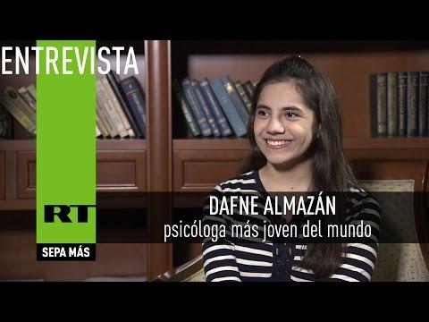 Entrevista con Dafne Almazán, psicóloga más joven del mundo