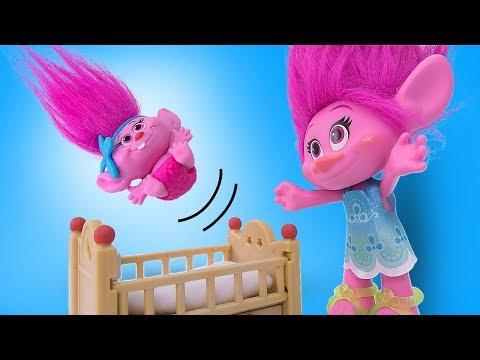 Мультик из игрушек о том как Малышка Тролль Розочка не хочет спать