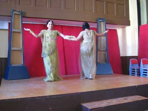 Noopur and Bhakti performing Sasural Genda phool
