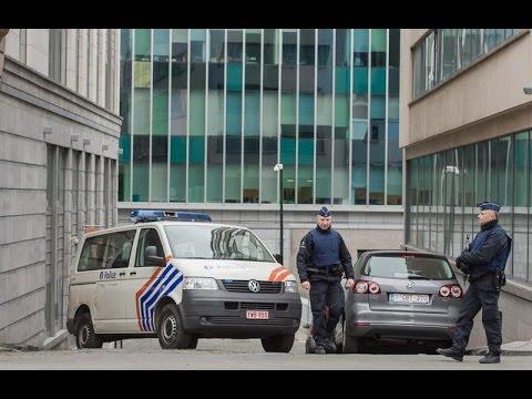 Abdeslam permanecerá en la cárcel de Brujas tres meses hasta que sea extraditado