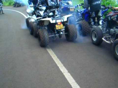 Kawasaki Mojave  Vs