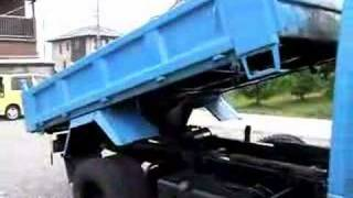Mr.Lawrence Isuzu ELF dump 3ton Dump bed testing