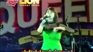 Ho Hmar Twae Tal ဟိုမွာေတြ႔တယ္Chit Thu Wai ခ်စ္သူ႔ေဝ Thingyan Karaoke