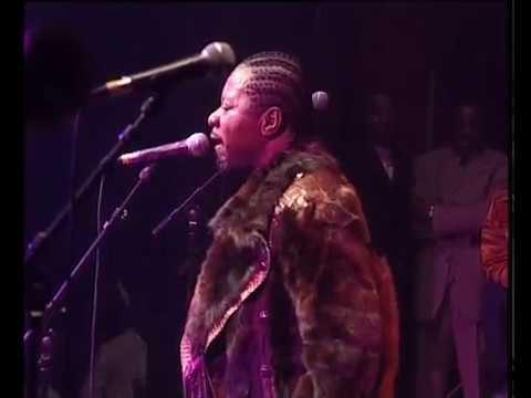 Papa Wemba concert au Bataclan 25è Anniversaire de Viva La Musica 2002