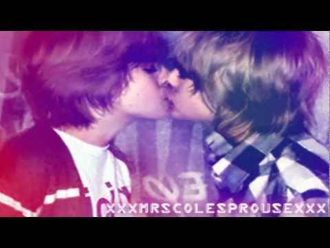 Zack/Cody ;; I Kissed A Boy xD