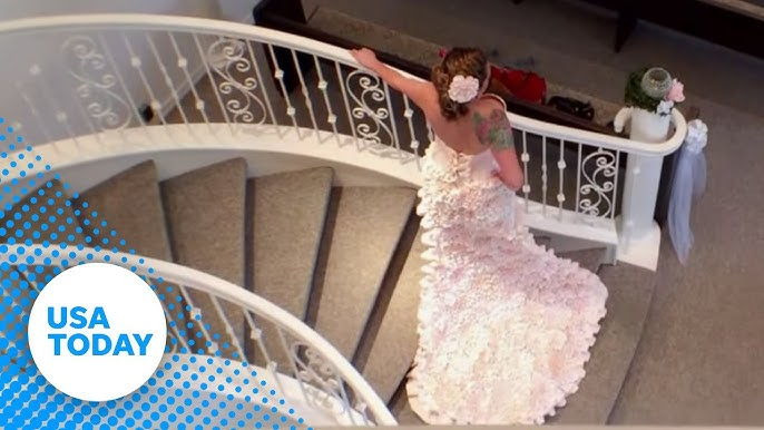 Toilet paper wedding dress will leave you speechless - YouTube