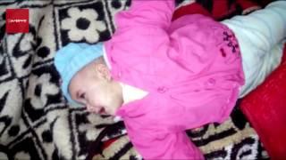 الطفلة ''تقى'' بين الحياة والموت.. حقنها ممرض بعقار خاطئ بمستشفى فوه المركزي (فيديو)