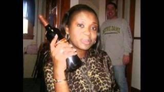 Ndeko mobali tika bilobela, nani ayebisi yo que ba congolaise ya kitoko na poto basila? Kokamwa!!!