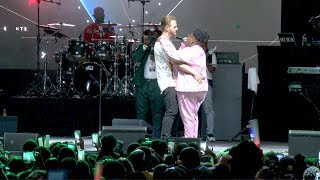 Download lagu Teni's Full Performance At The Interswitch One Africa Music Fest New York 2019
