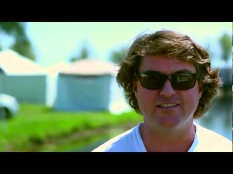 "Keller Williams Talks About ""Best Feeling"" at Gathering of the Vibes 2012"