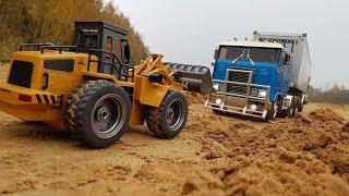 ФРОНТАЛЬНЫМ ПОГРУЗЧИКОМ ВЫТАСКИВАЕМ ФУРУ ... Радиоуправляемые грузовики (RC Tamiya Truck)(, 2018-10-16T09:03:22.000Z)