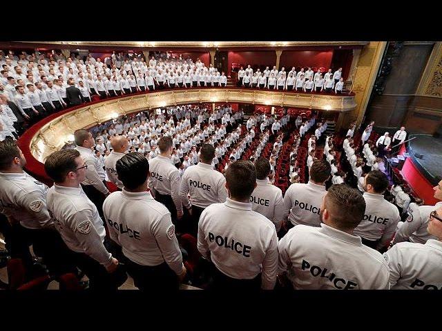 Франция: полицейских становится всё больше