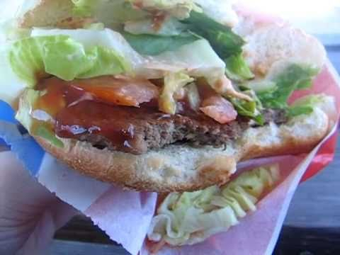 Testissä Kulman grillin hampurilainen (grillitesti)