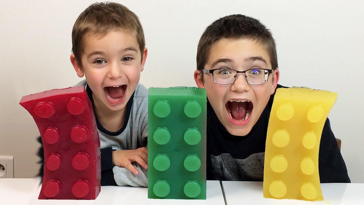 bonbons geants xxl lego recette et d gustation giant lego gummy brick tuto youtube. Black Bedroom Furniture Sets. Home Design Ideas