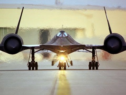 SR-71 BLACKBIRD the Incredible Lockheed Blackbirds