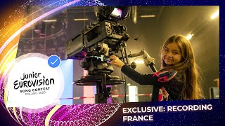 Exclusive Sneak Preview: Valentina from France records her performance