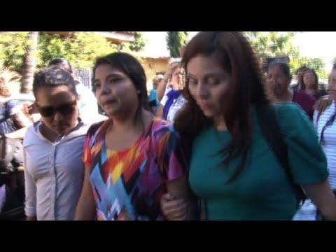 Absuelta salvadoreña encarcelada tras sufrir parto espontaneo