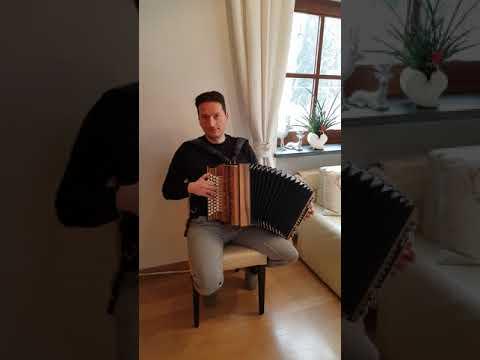 Polar Weis Philipp Ramoner