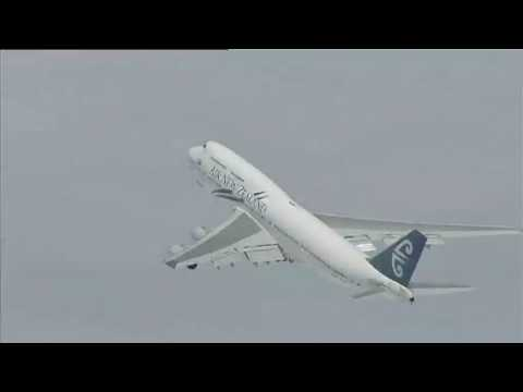 Air New Zealand - Biofuel Test Flight - Simulated approach and go around