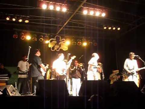 Banda Gaia Roots no tributo a Bob Marley em Itu