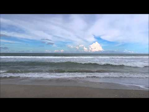 Relaxing Sounds of Ocean Waves Breaking on Shore - Sit on the Beach, Watch the Ocean Waves