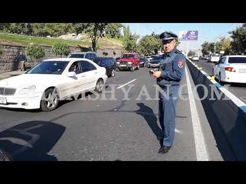 Խոշոր ավտովթար Երևանում. բախվել են Mitsubishi Montero Sport-ը, Nissan X Trail-ը և 6-րդ դասի BMW-ն