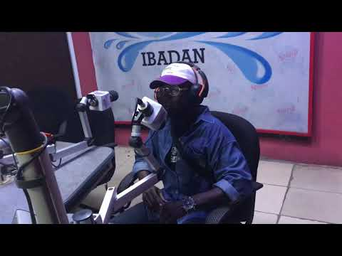 Hollabars talked about Olamide and who he would love to feature on his next song on Splashfm105.5