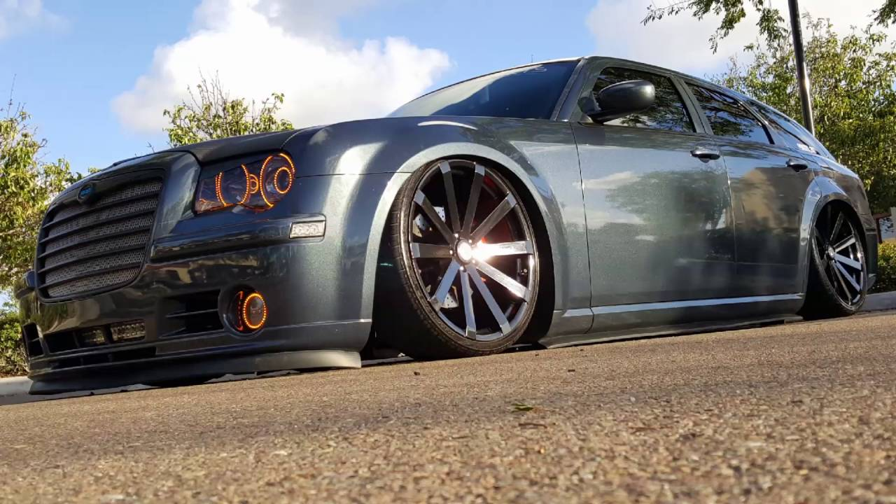 Bagged Dodge Magnum to 300 conversion - YouTube
