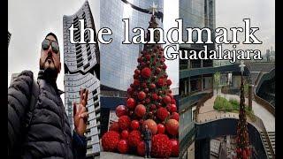Como Es Plaza LandMark Guadalajara / by Jhonny Landeros