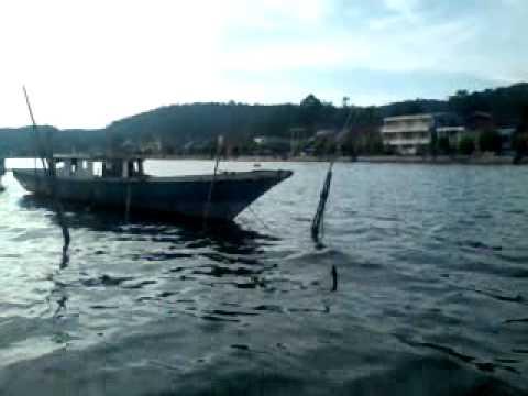 Lomba perahu bala - bala Malili