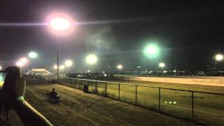 Outlaw Armageddon 2015: Red Station Wagon vs Black Mustang