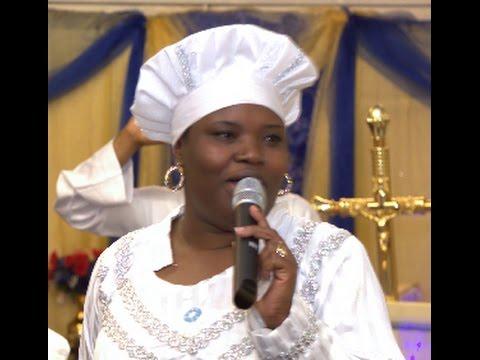 LADY EVANGELIST BOLATOSH AT C&S AJARA OTITO LONDON NIGHT OF PRAISE