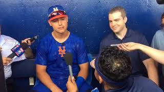 Mets' AJ Ramos crashes Michael Conforto's interview