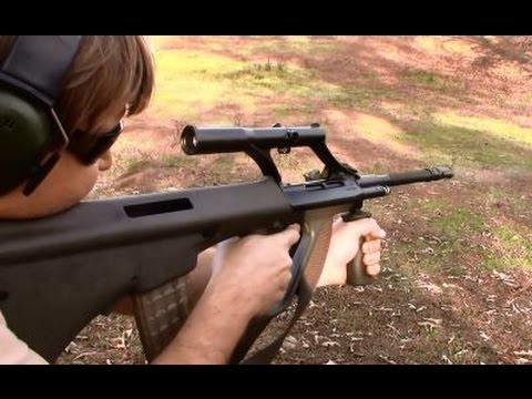 Steyr AUG A1 & AUG A3 Review