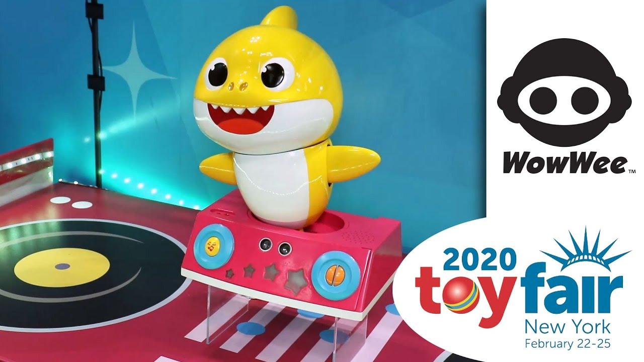 WowWee Dancing DJ Baby Shark (Toy Fair 2020) - YouTube