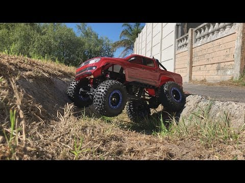 Amarok RC Crawler with Custom CR01 Style Chassis