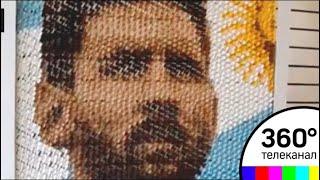 В Аргентине сделали портрет Месси из заколок для волос
