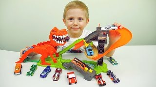 ХОТ ВИЛС АТАКА ДИНОЗАВРА - Даник и машинки Hot Wheels Dinosaur T-REX - Cars for Kids