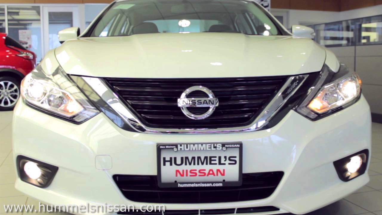 The New 2016 Nissan Altima At Hummelu0027s Nissan In Des Moines, Iowa